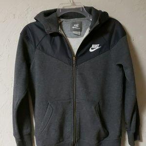 Nike boys activewear